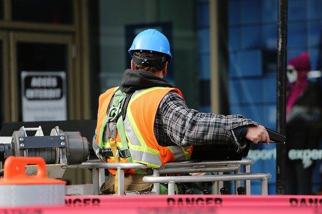 L'importanza della manutenzione e dei DPI per l'utilizzo in sicurezza delle piattaforme